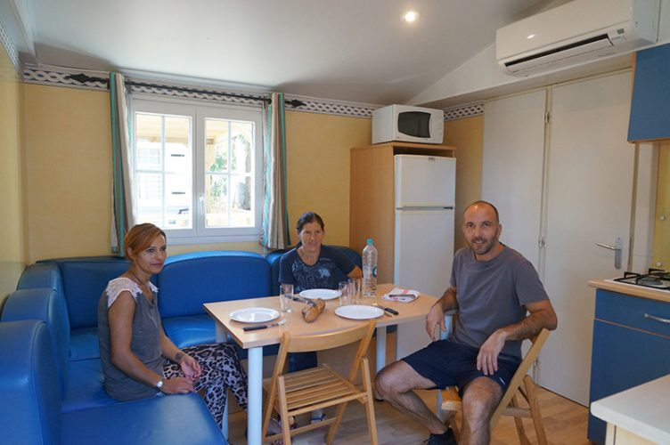 Interieur Mobil-Home Arinella Camping International Calvi Corse